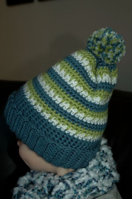 Alex hat side