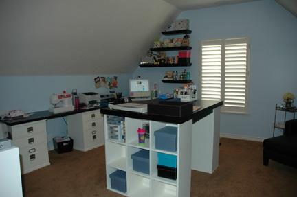 Craft Room Ideas on Would Love A Craft Room Like This One Day  Does This Not Just Say